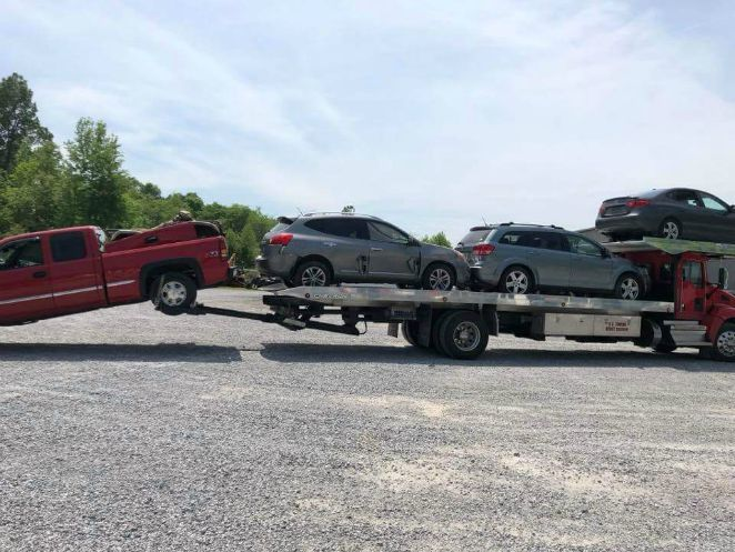 K O towing 4 cars